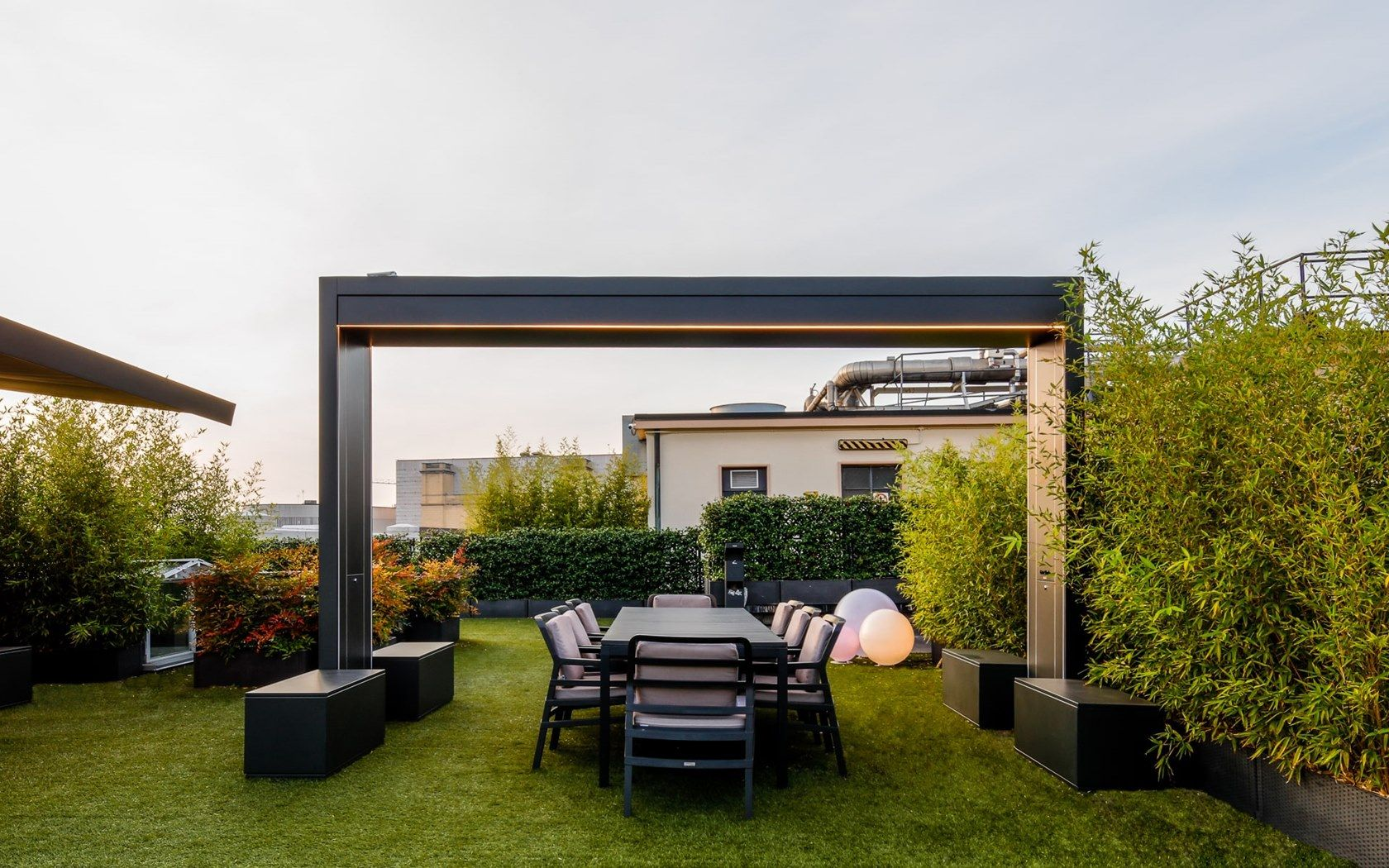 Freestanding Motorized Folding Arm Awning Gate Shade By Unosider Design Nicolas Thomkins In 2020 Patio Shade Patio Backyard Design