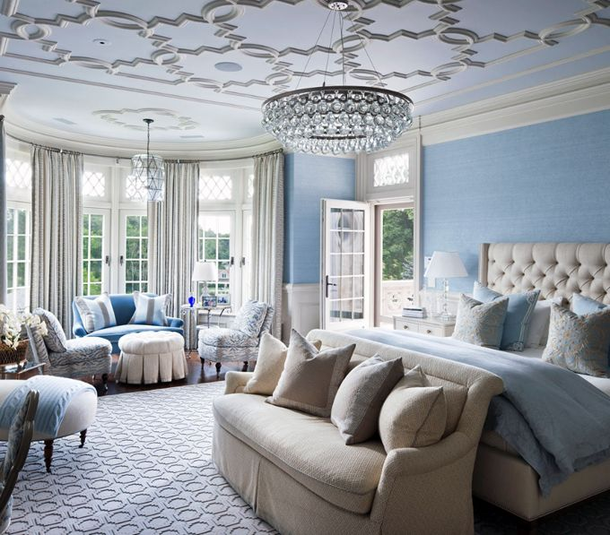 Love the decorative ceiling!