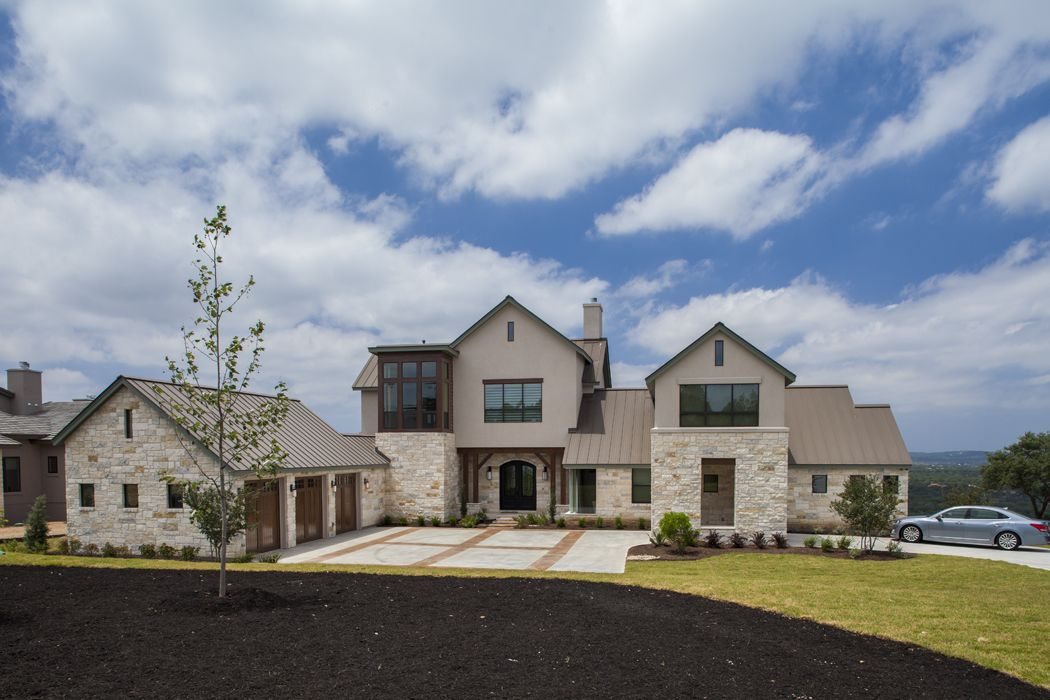 Front Elevation Transitional Home Near Austin Texas