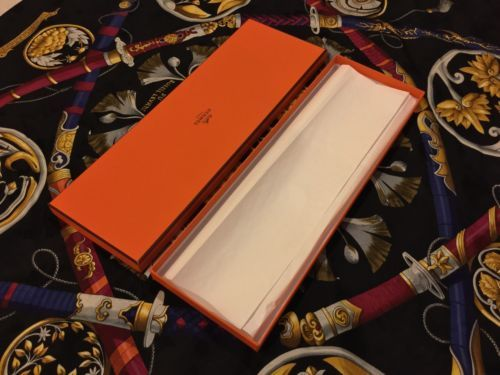 #Trending - Hermes Orange Tie Box (ORIGINAL!!) https://t.co/sDpG47X5KL #Ebay https://t.co/yoW6L7M57S