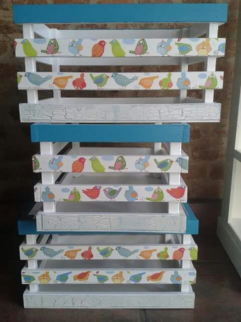 Cajones reciclar cajones d madera pintar cajas y manualidades - Cajones de fruta de madera ...
