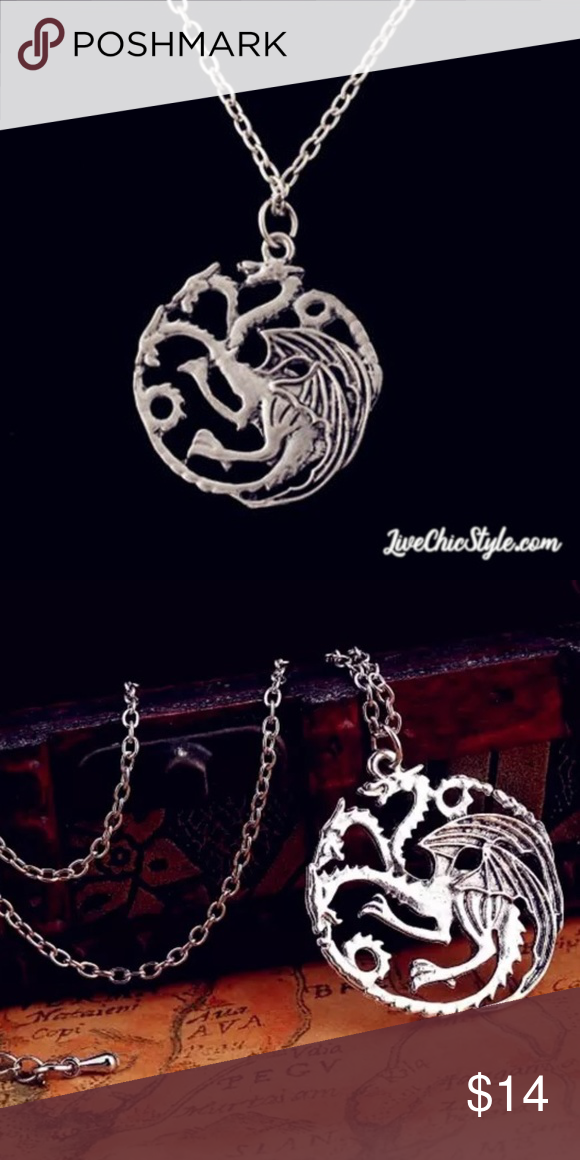 c528d2eaff Game of Thrones Necklace Dragon Pendant Silver NEW Get this new Silver Game  of Thrones 3