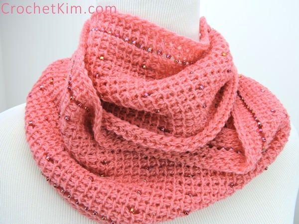 Free Crochet Pattern Pink Fantasy Infinity Scarf Crochetkim