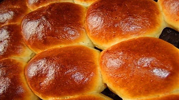 Сдобные пышные домашние булочки