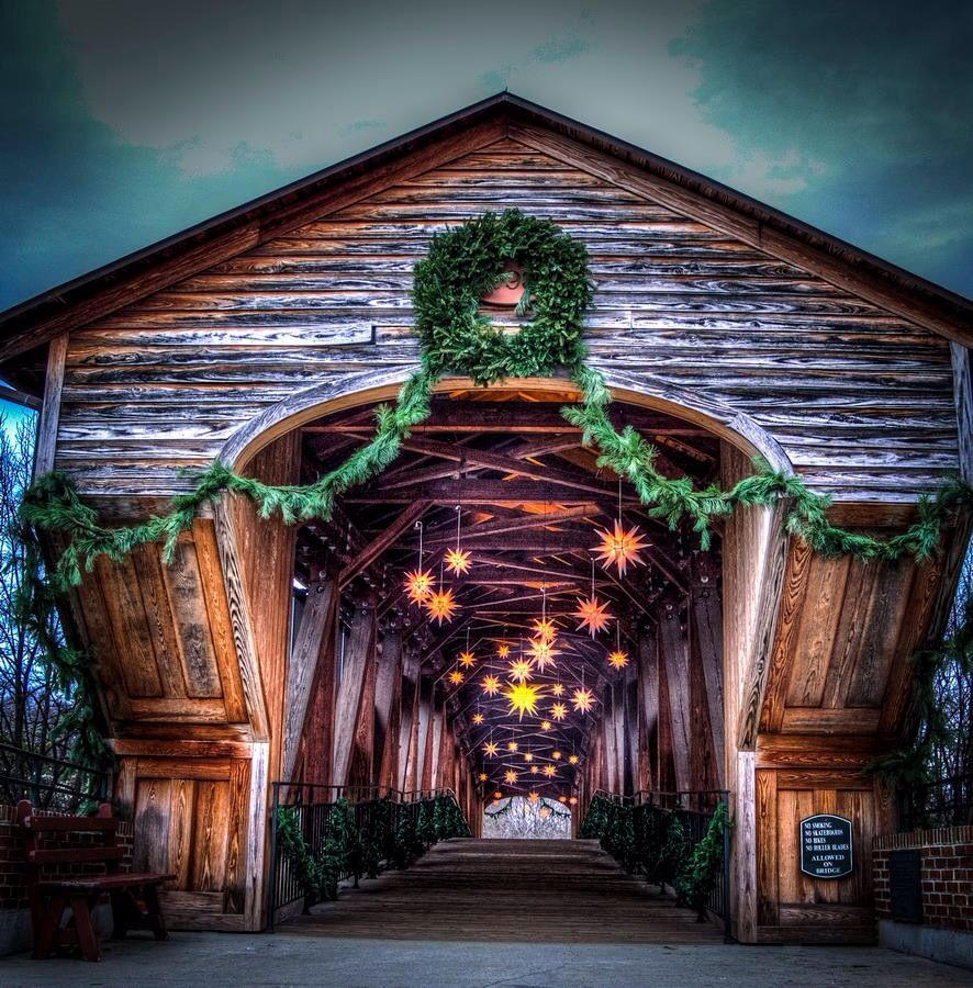 Old Salem, possible place for pictures during Christmas time ...