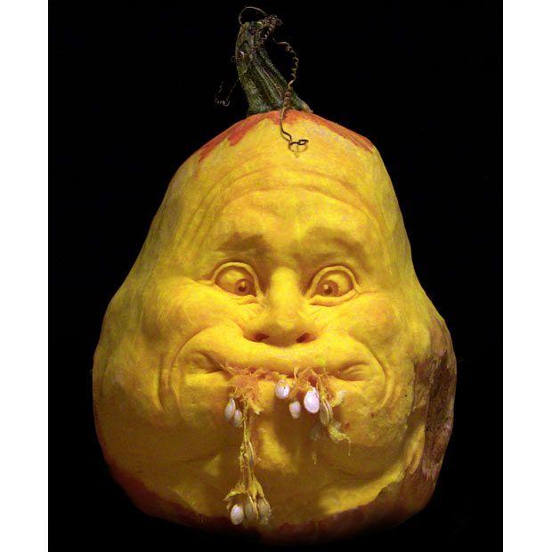 Bizarre Halloween Jack OLantern Pumpkin Carving By Ray Villafane - Mind blowing pumpkin carvings by ray villafane 2