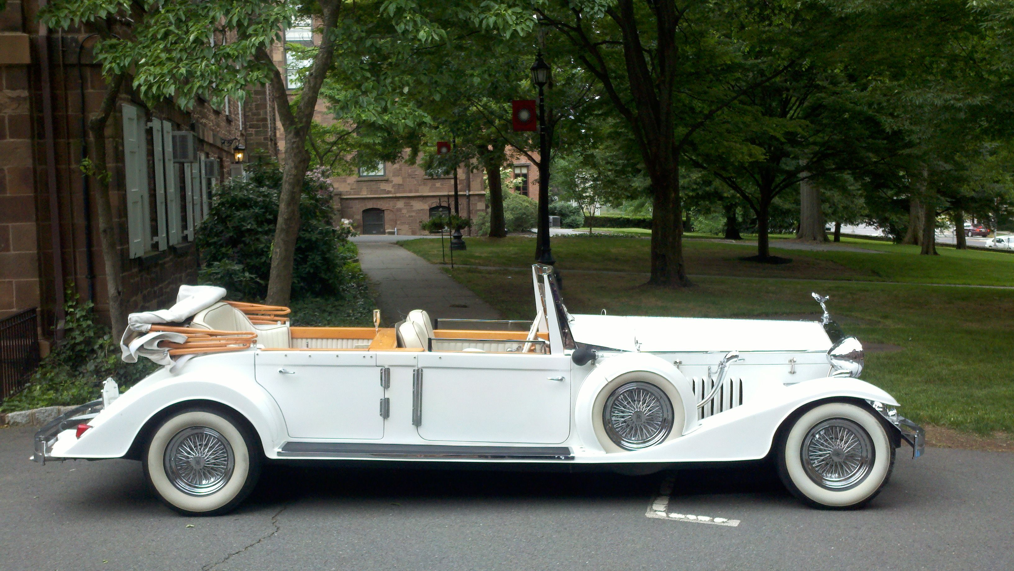 Cool Ride Antique Car Rolls Royce Phantom Rolls Royce And Rolls