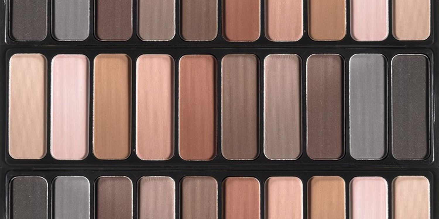 887f024bfe1 Skip the Shimmer With These Editor-Approved Matte Eyeshadow Palettes ...