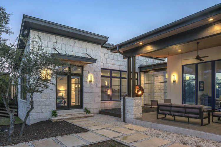 Hill Country Modern Vanguard Studio Architect Austin Texas Texas Hill Country Decor Country Home Exteriors Texas Hill Country House Plans