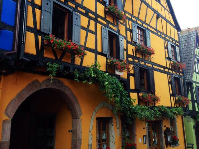 Restaurant Le Dolder Riquewihr Alsace Voyage Table