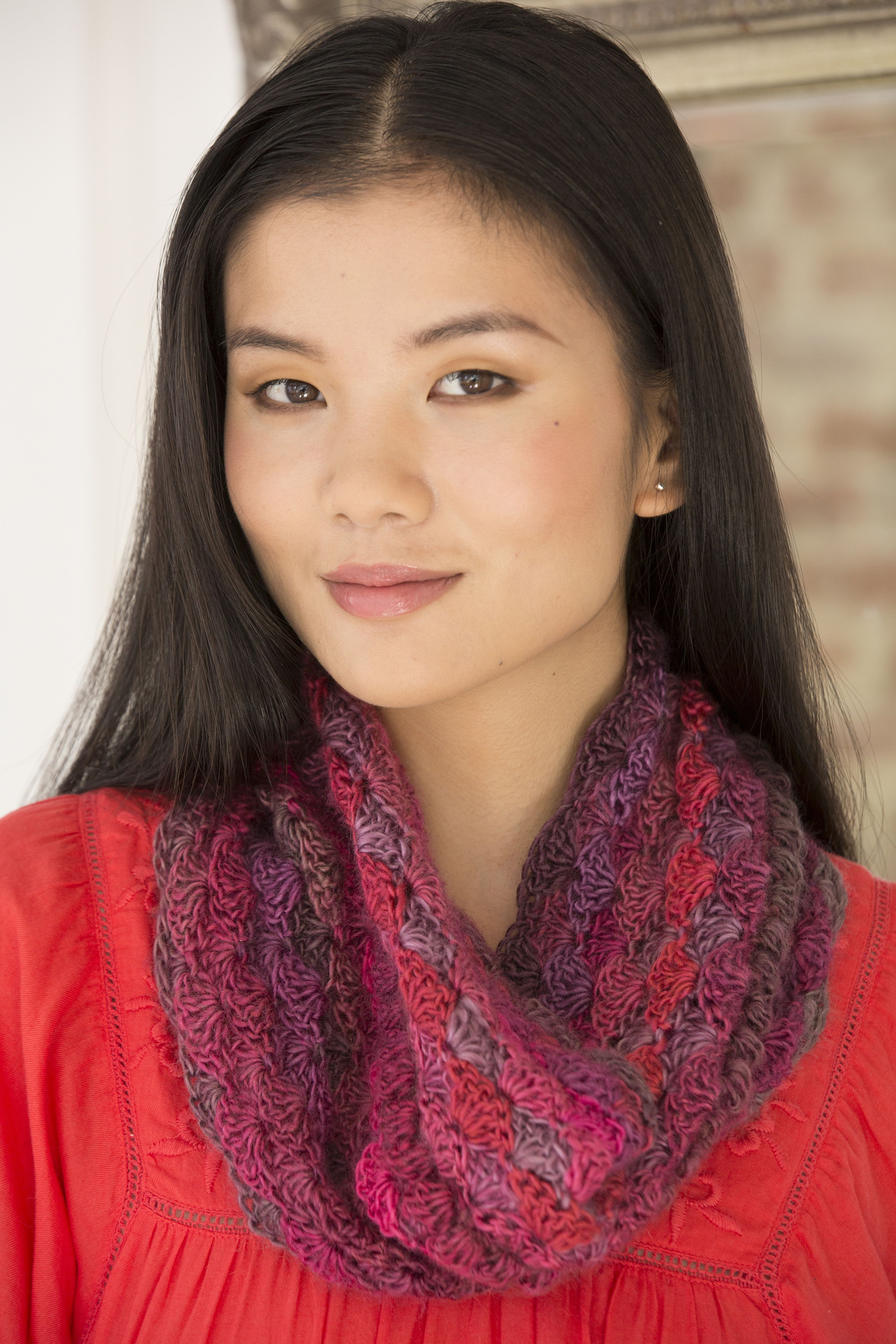Le Papillon Blushing Cowl Free Crochet Pattern in Red Heart Boutique ...