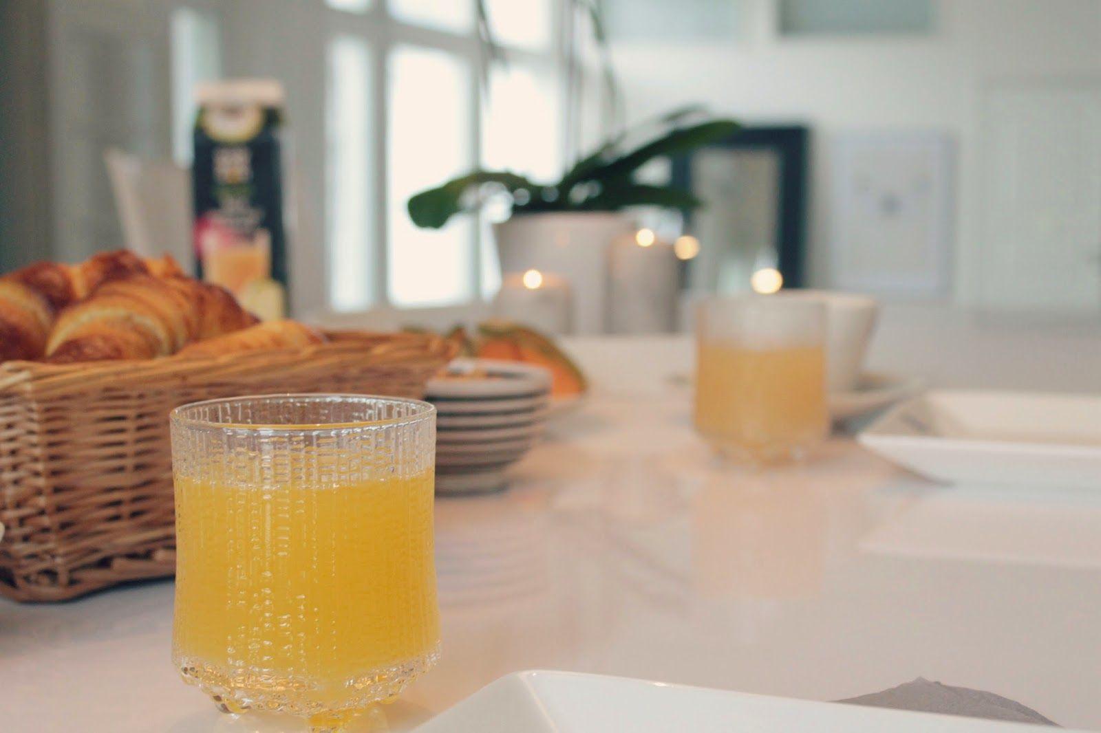 At Maria's: Easy like Sunday morning... ♫