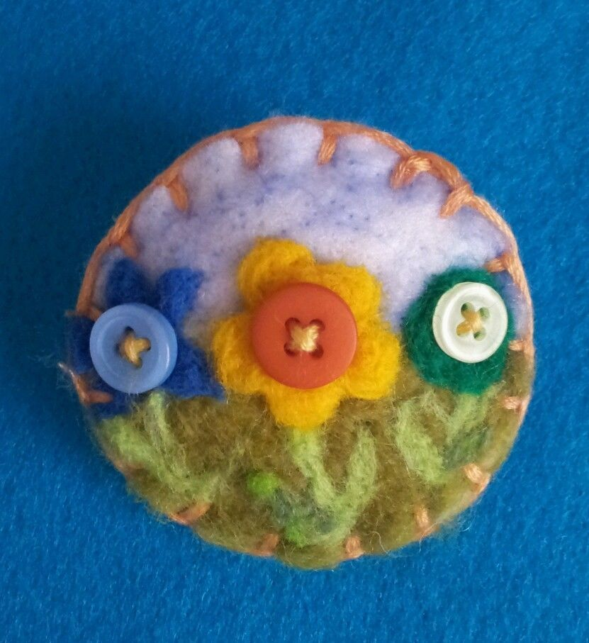 Needle felted brooch, handmade unique gift -button flowers