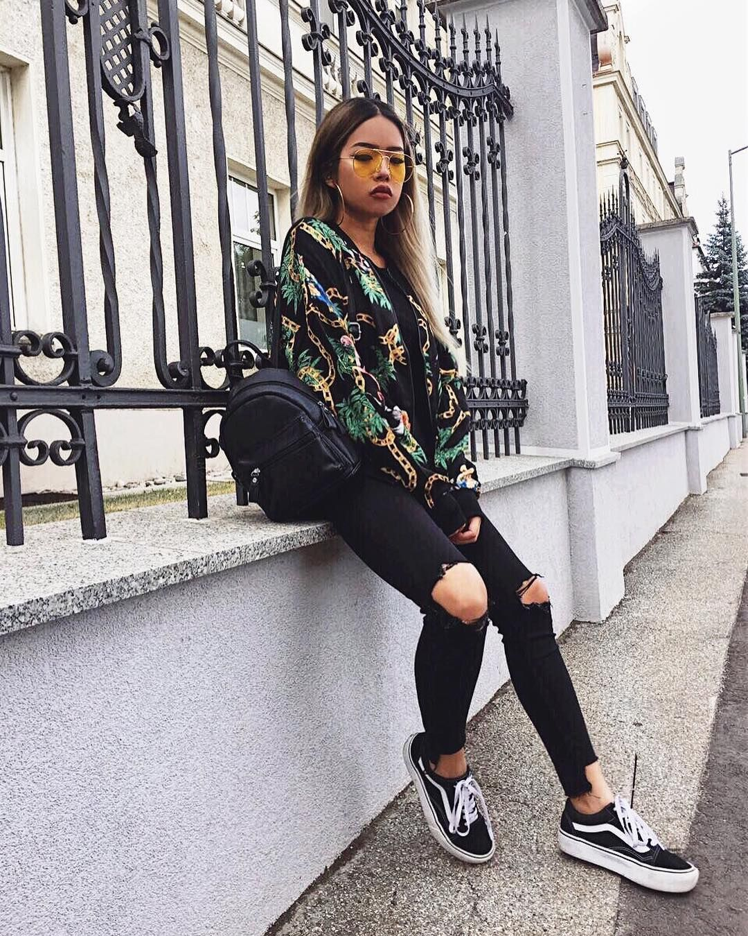 Casual Street Wear Patterned Jacket With Ripped Black Jeans And