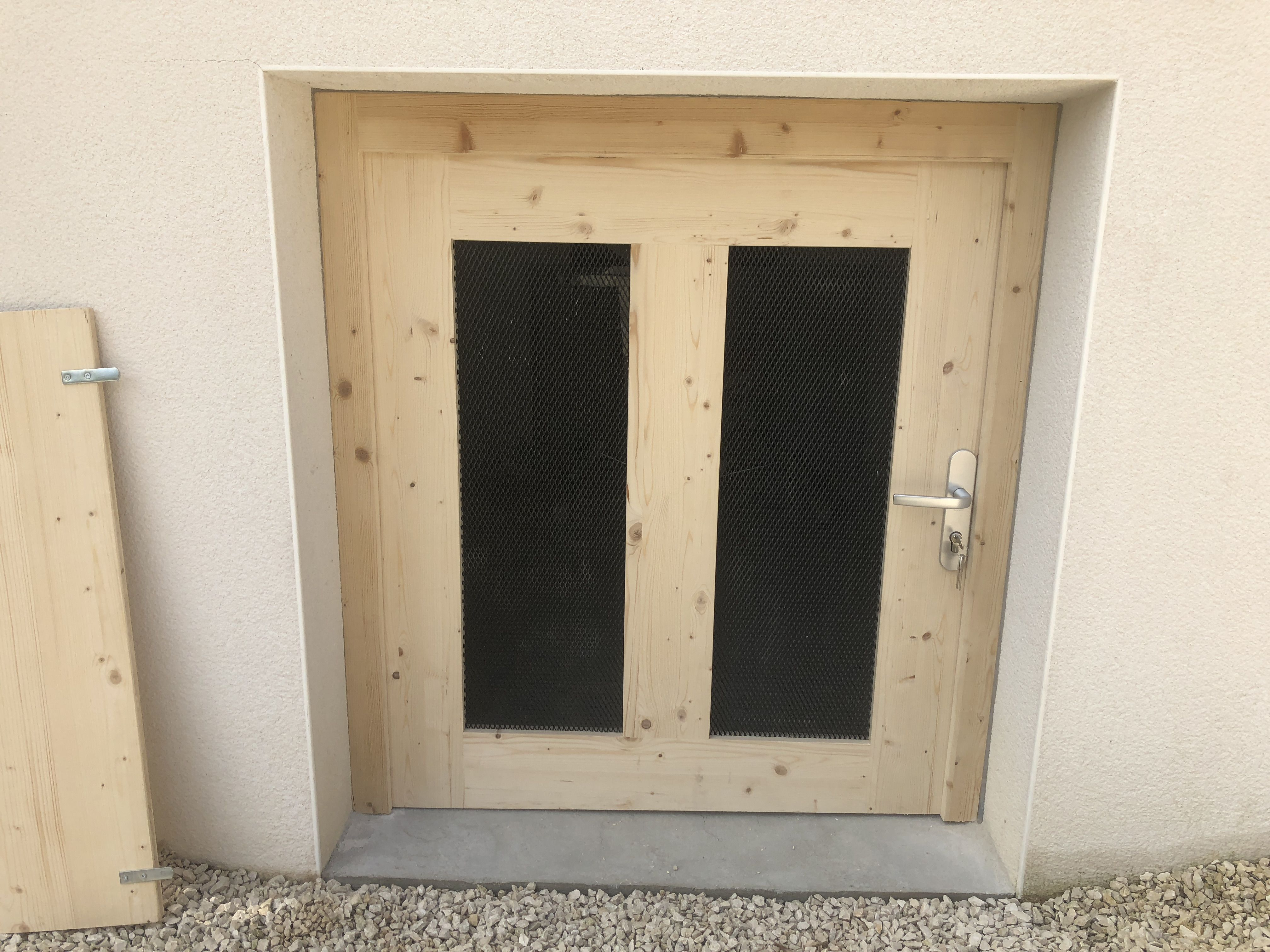 Meuble Cuisine Ikea Vide Sanitaire porte bois massif de vide sanitaire. | vides sanitaires