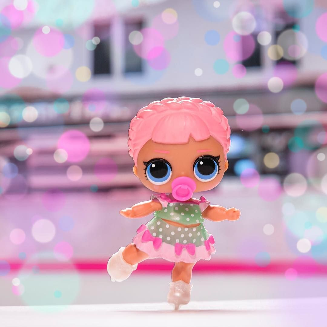 LOL L.O.L surprise poupée Lil sister Series 2 Wave 2 Lil Ice Skater Sk8ter