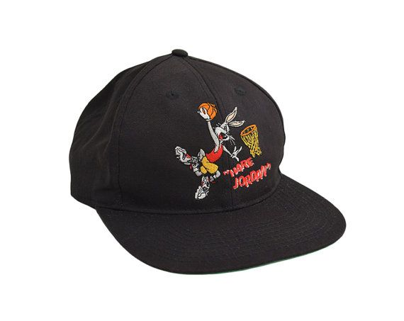 d48f37ff56669b ... official store great true vintage 1993 hare jordan snapback hat. the hat  is in great low cost vintage white ...