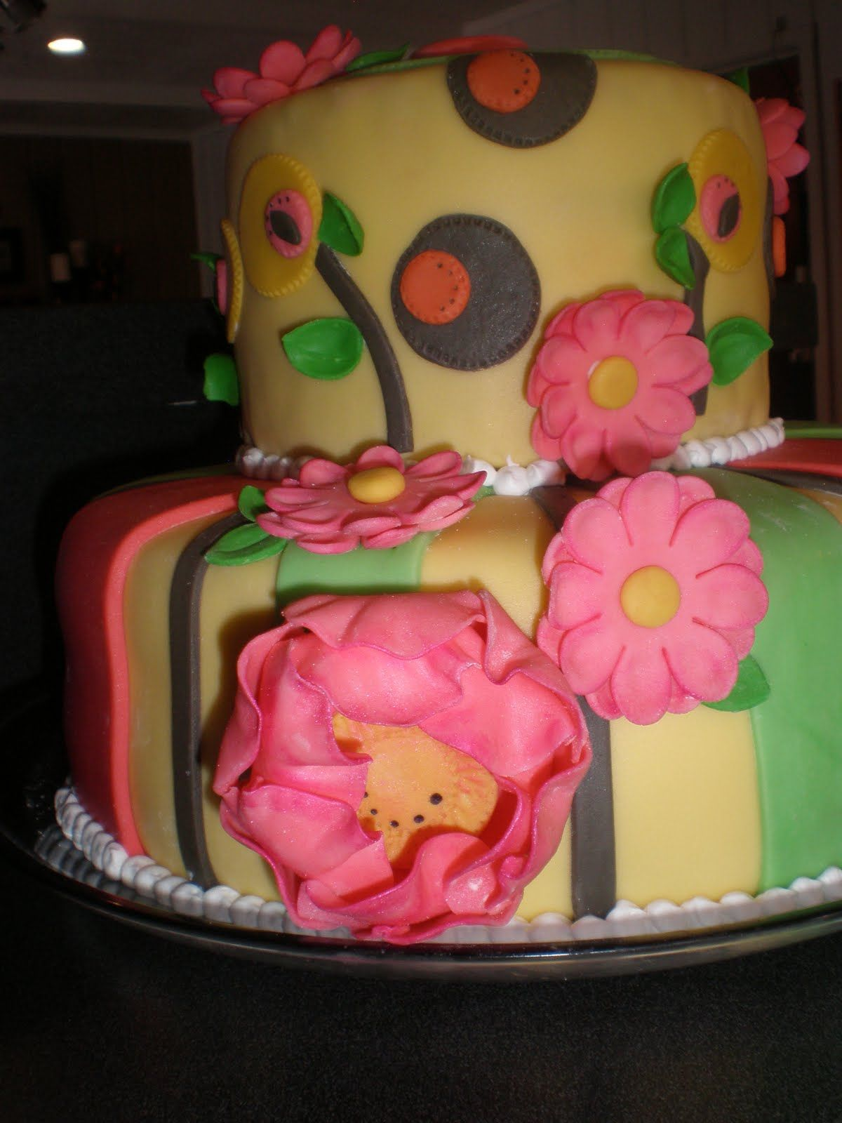 Young Woman Birthday Cake Holydays and Ceremony Cakes Pinterest