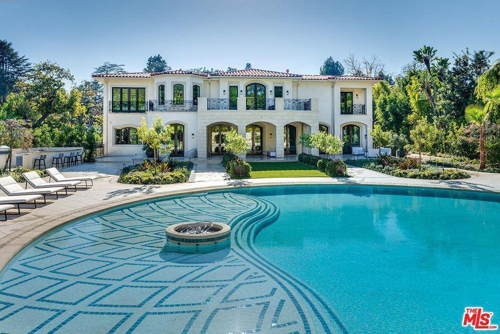 1006 Laurel Way Beverly Hills Ca 90210 Zillow Beverly Hills Mansion Beverly Hills Houses Mansions