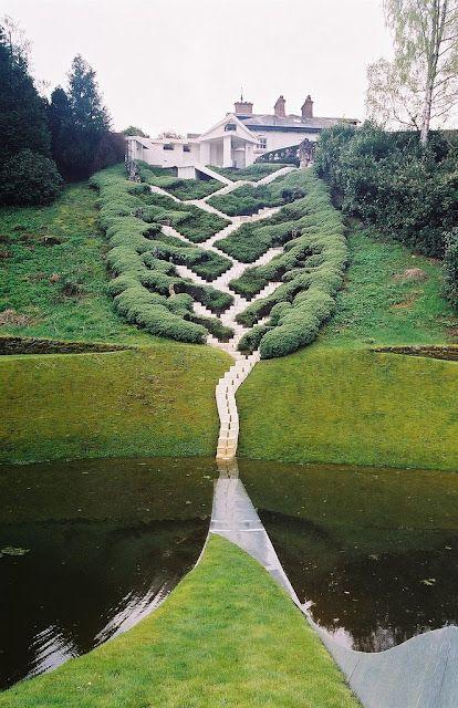 Garden of Cosmic Speculation, Scotland