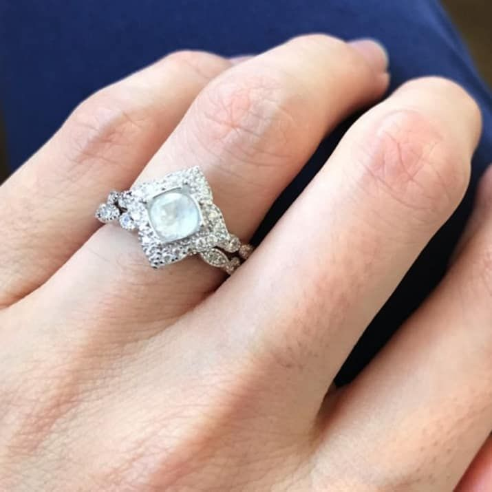 25 Of The Best Places To An Engagement Ring Online