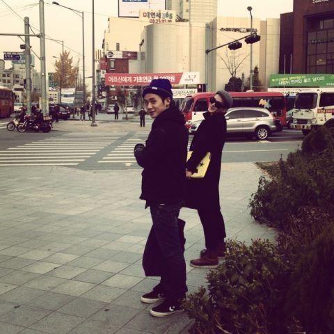 誠珉推特更新 @Jsmining 20121122 쌍날라리들^^