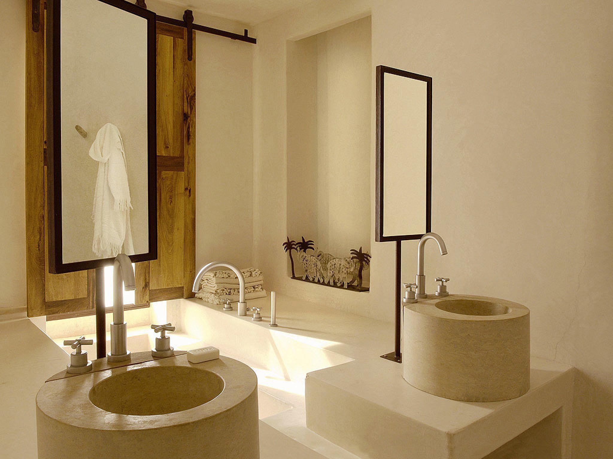 En Suite Bathrooms Rustic: Salle De Bain Marocaine, Salle De