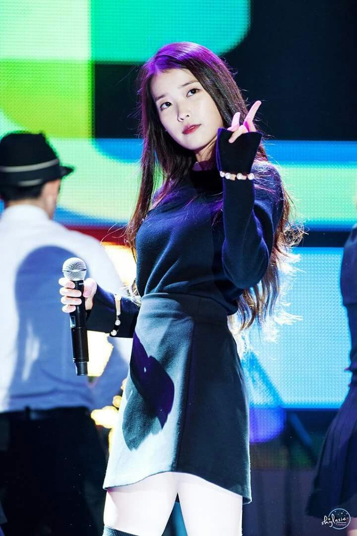 Iu 151017 Marcedn Ben Family Concert Gadis Korea Pristin