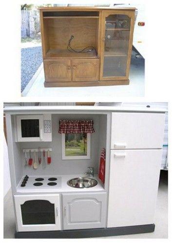 cuisine avec meuble de r cup bricolage jouets enfants pinterest assistante maternelle. Black Bedroom Furniture Sets. Home Design Ideas