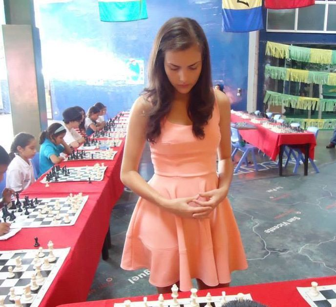 Check Mate Queen S Gambit For World S Prettiest Chess Player Emirates24 7 Chess Queen Chess Chess Players