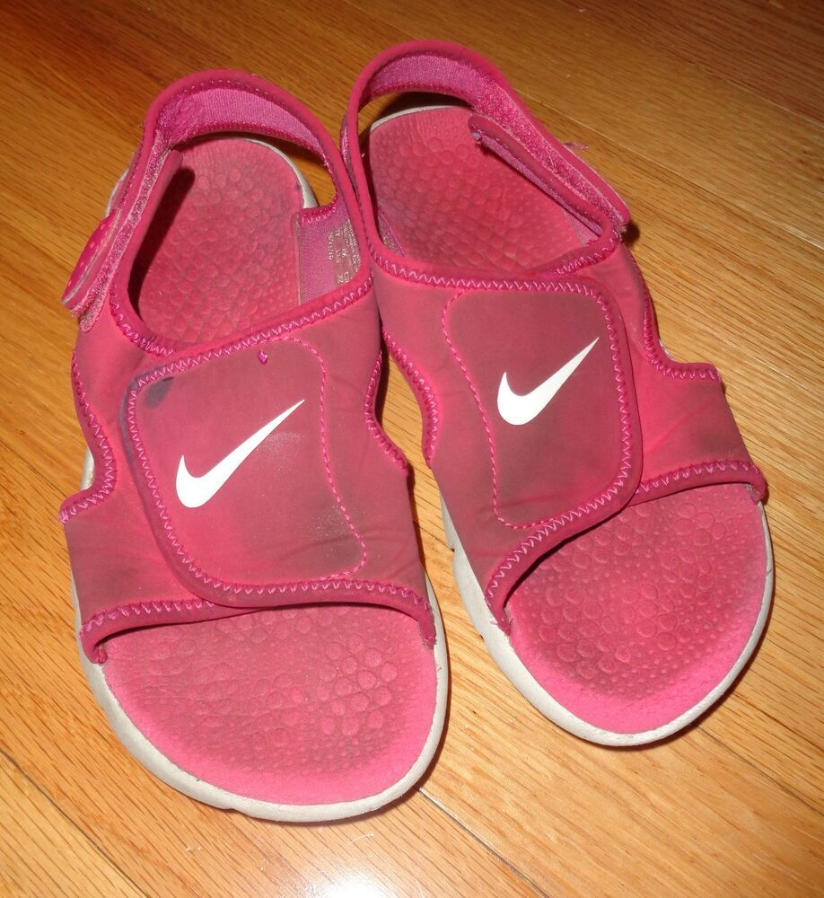 nike sandals size 1