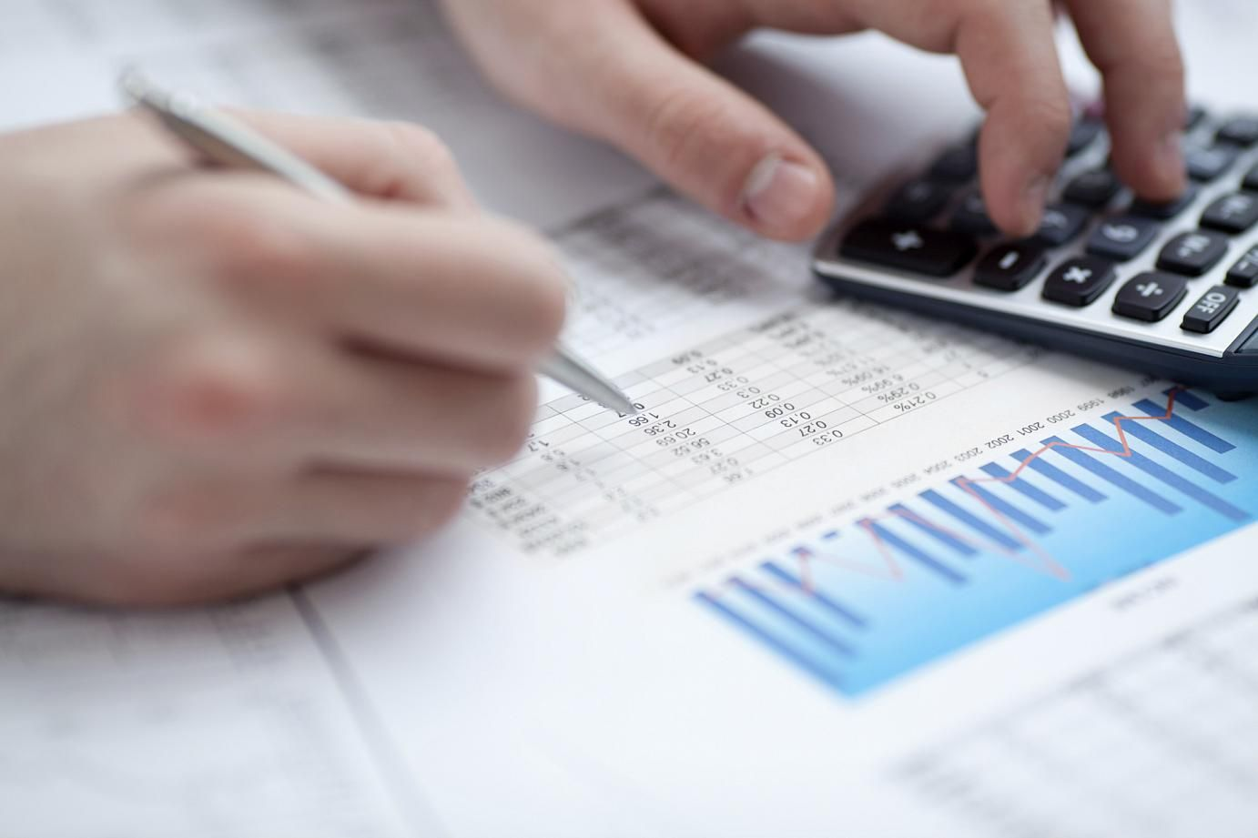 8 ways to manage your business expenses better