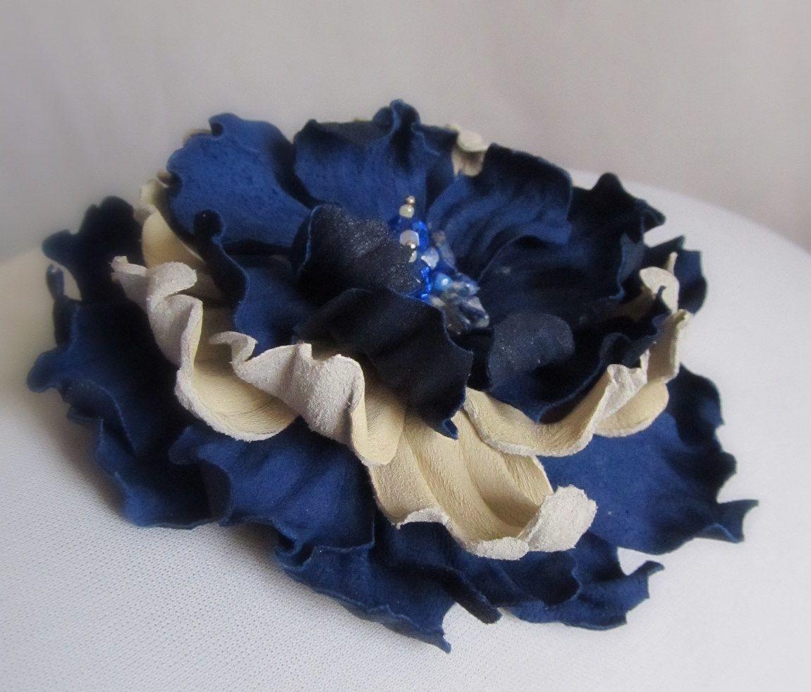 Rafinament...IN BLUE (48 LEI la monicretu.breslo.ro)