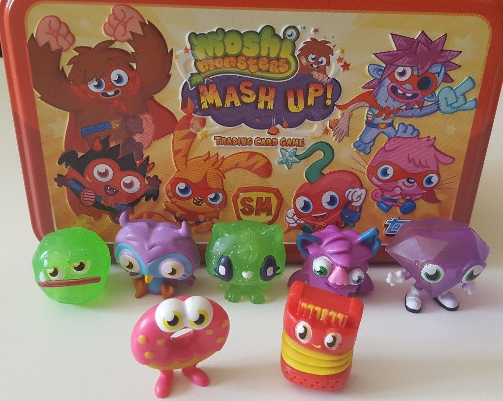 Moshi Monsters Mash Up 2 Tin Game 67 Cards Rare 9 Gold