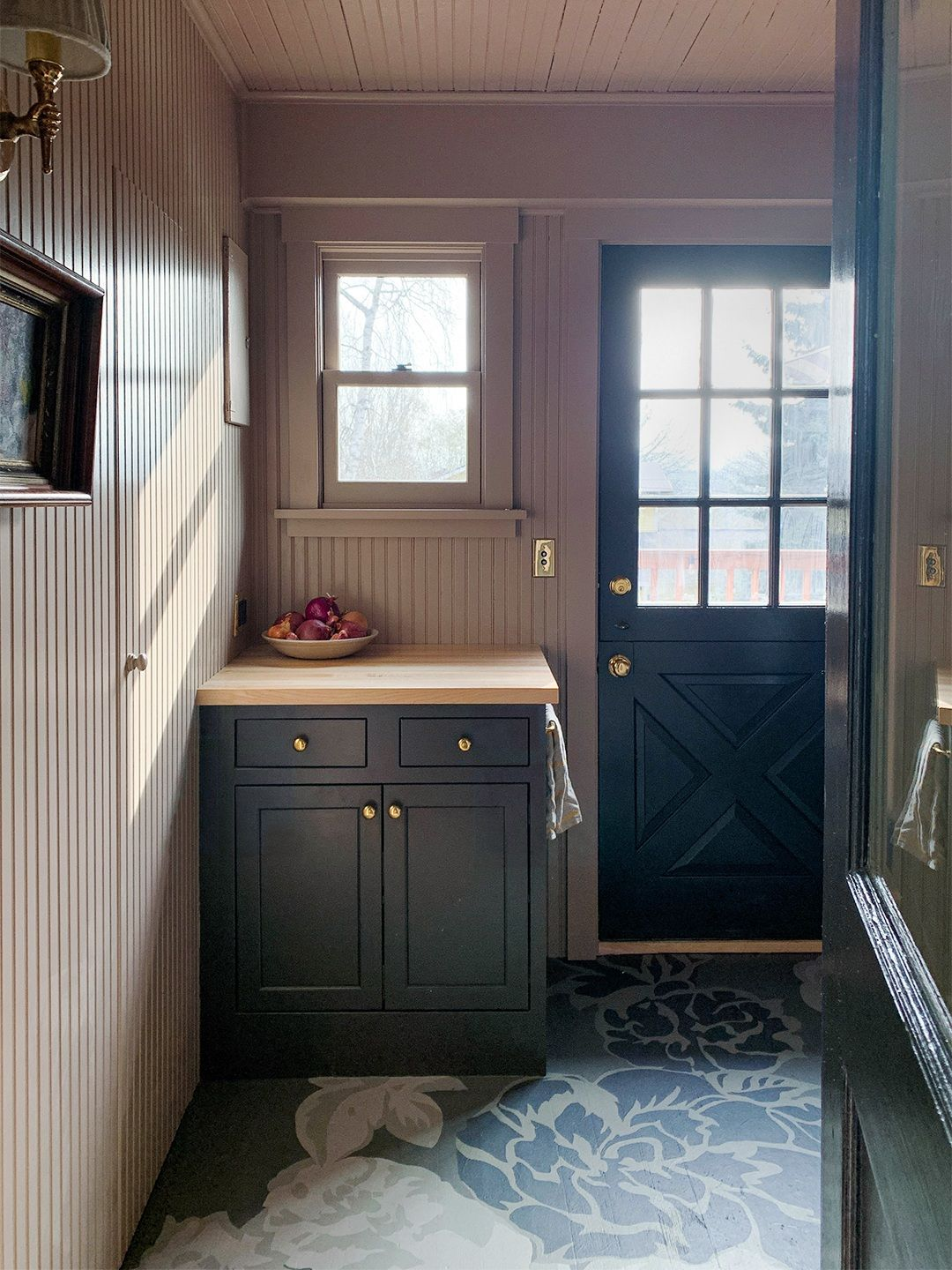 A $7.5K Utility Pantry Transformation Where the Cabinets ...