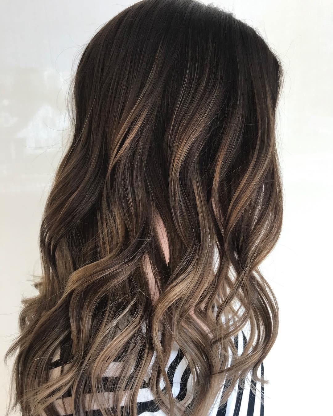 Hairstyles Featuring Dark Brown Hair With Highlights Brown