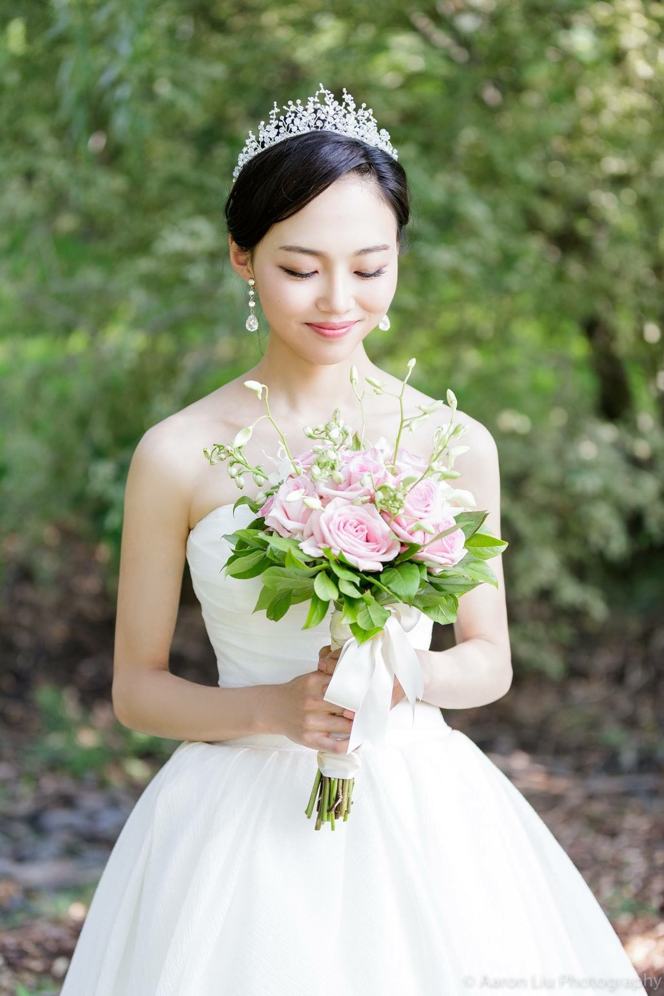 Seattle Asian Makeup Artist/ Bridal hairstyle updo Asian