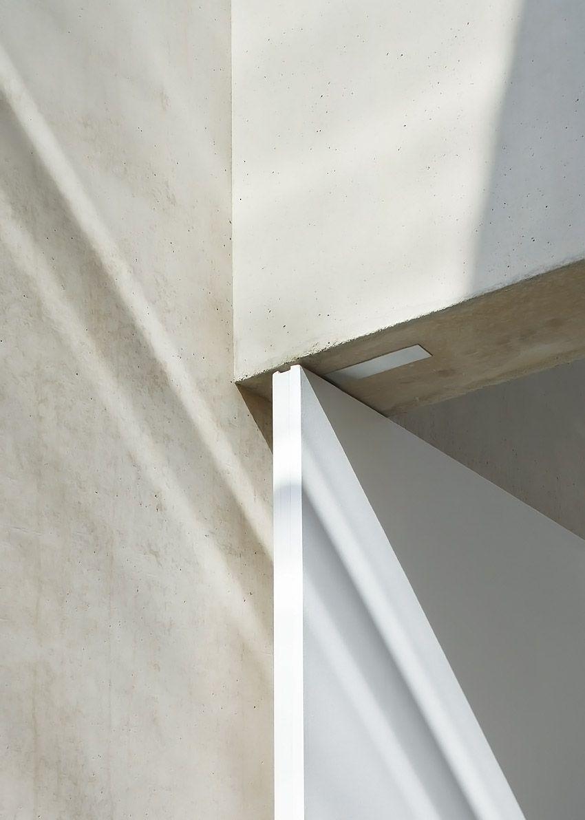 P Flush Mounted Door Hinges With No Doorframe Interior Architecture Design Design Door Design