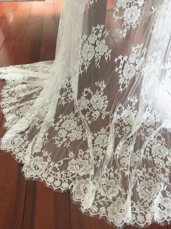 3 meters Fine ivory chantilly flroal lace fabric for bridal gown ...