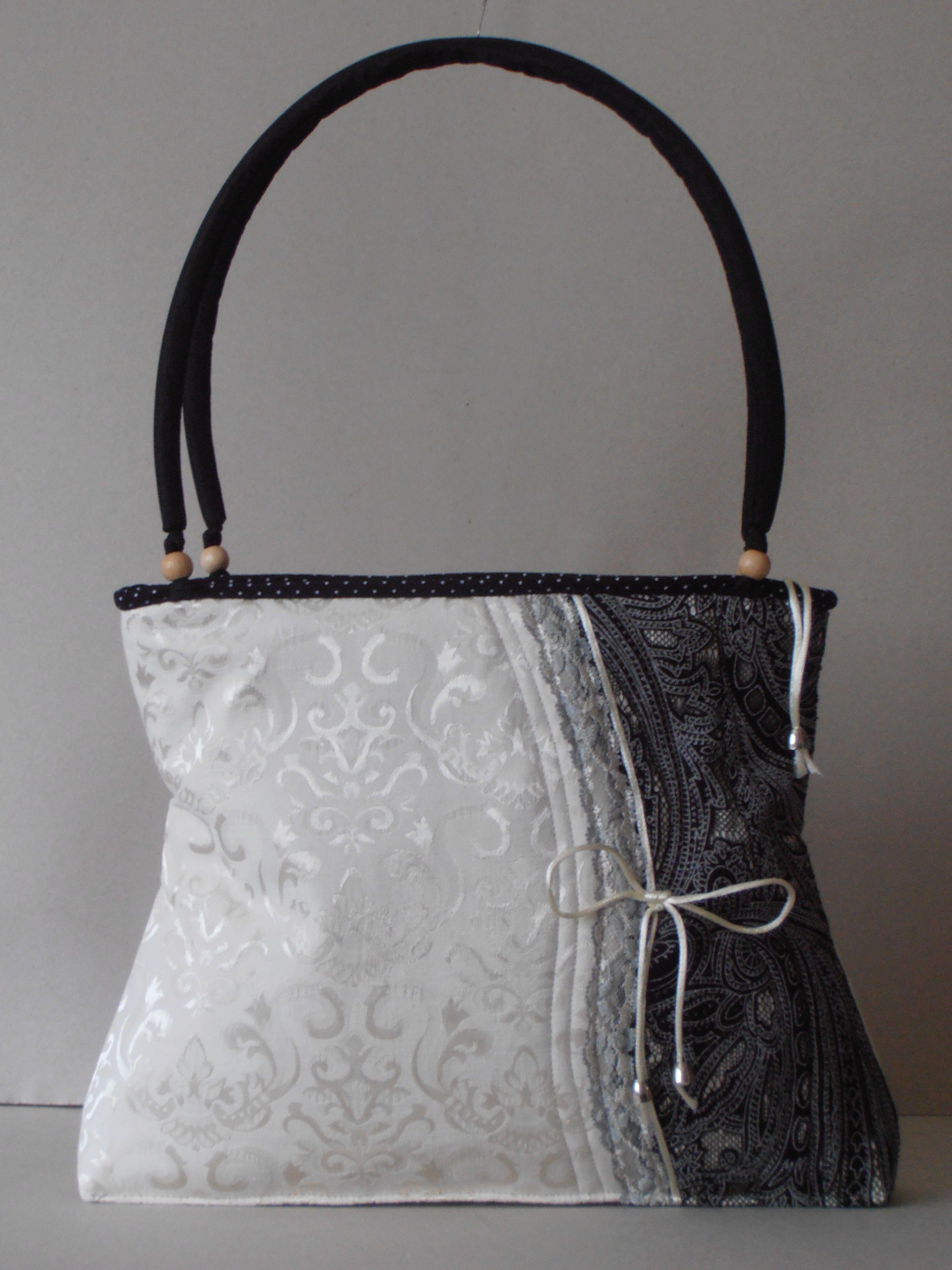 e2e47a9e4e Cotton brokate shoulder bag