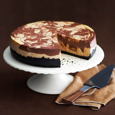 DIY peanut butter swirl cheesecake - http://www.foodbuzz.com/top9?date=2011-05-13&number=1