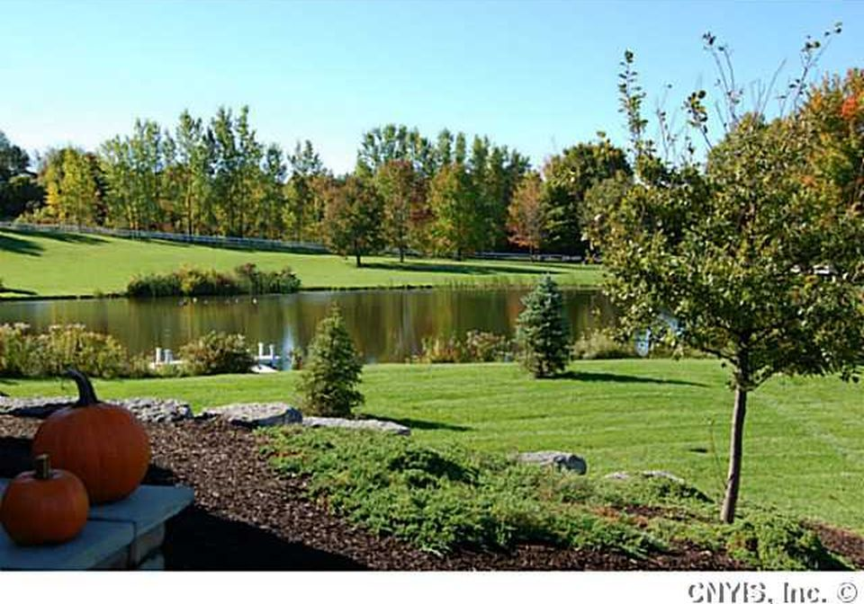 15690 Pheasant Run, Watertown, NY 13601 - Zillow | Gardening ...