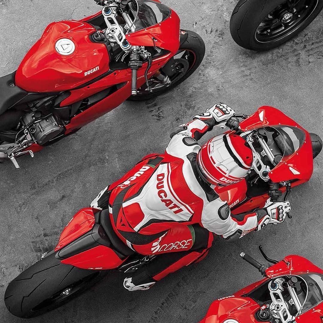 The Ducati Riding Experience (DRE) Courtesy of: Ducati.com #ducatistagram #ducati #1299s #panigale #smcbikes regram @ducatistagram http://ift.tt/1TeuarL