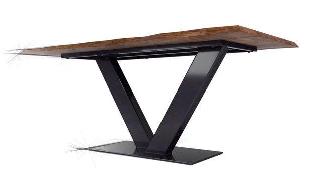 Tischgestell Aus Stahl Im Industriedesign Mit Massivholz