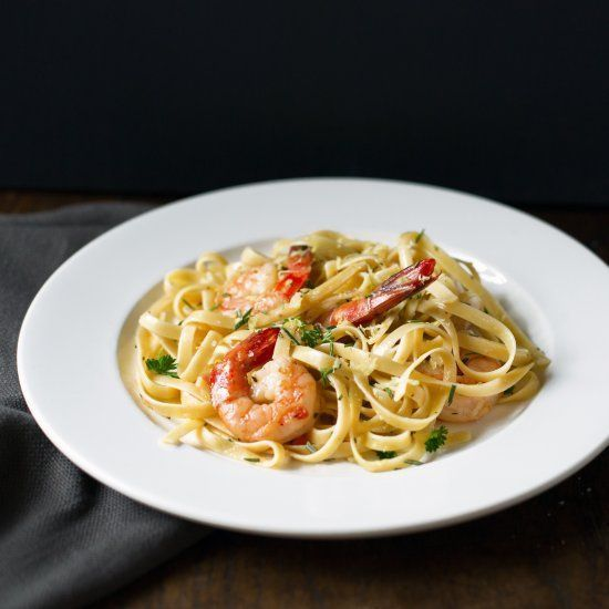 Garlic Shrimp Fettuccine with Rosemary & Baby Greens Salad #shrimpfettuccine Garlic Shrimp Fettuccine with Rosemary & Baby Greens Salad #shrimpfettuccine Garlic Shrimp Fettuccine with Rosemary & Baby Greens Salad #shrimpfettuccine Garlic Shrimp Fettuccine with Rosemary & Baby Greens Salad #shrimpfettuccine Garlic Shrimp Fettuccine with Rosemary & Baby Greens Salad #shrimpfettuccine Garlic Shrimp Fettuccine with Rosemary & Baby Greens Salad #shrimpfettuccine Garlic Shrimp Fettuccine with Rosemary #shrimpfettuccine