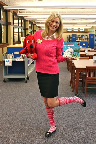 teacher halloween costumes emily elizabeth from the childrens stories clifford the big red dog - Clifford The Big Red Dog Halloween Costume