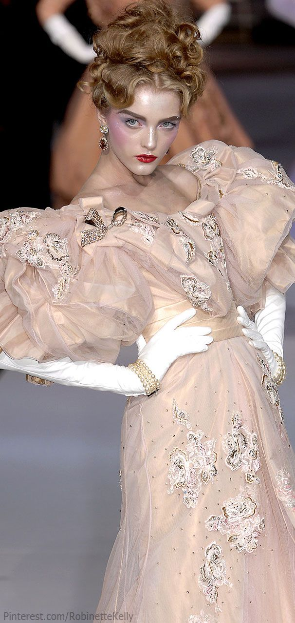 Christian Dior Haute Couture | Fall 2007