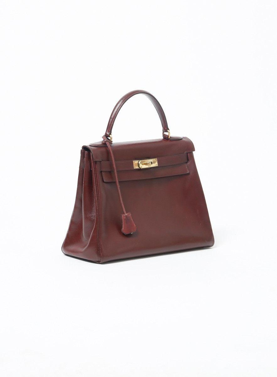 b19a13a9d69c Hermès Box Kelly