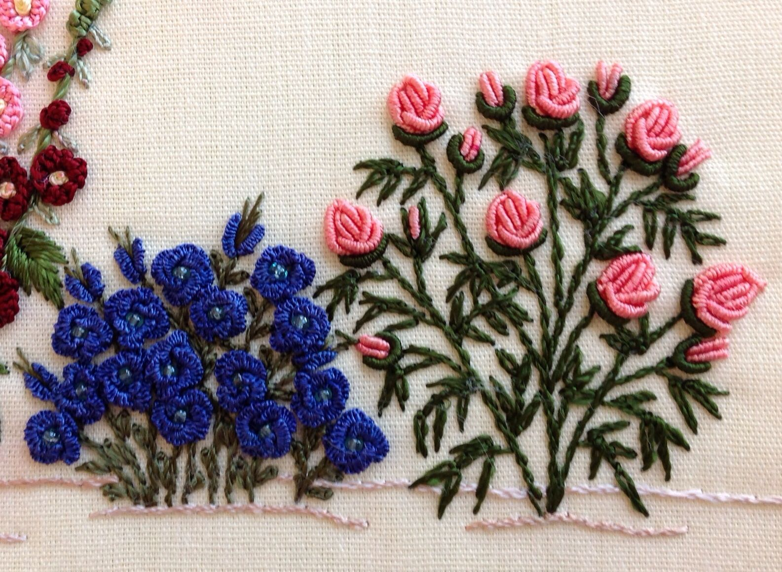 Easy flower embroidery designs the rolled roses are