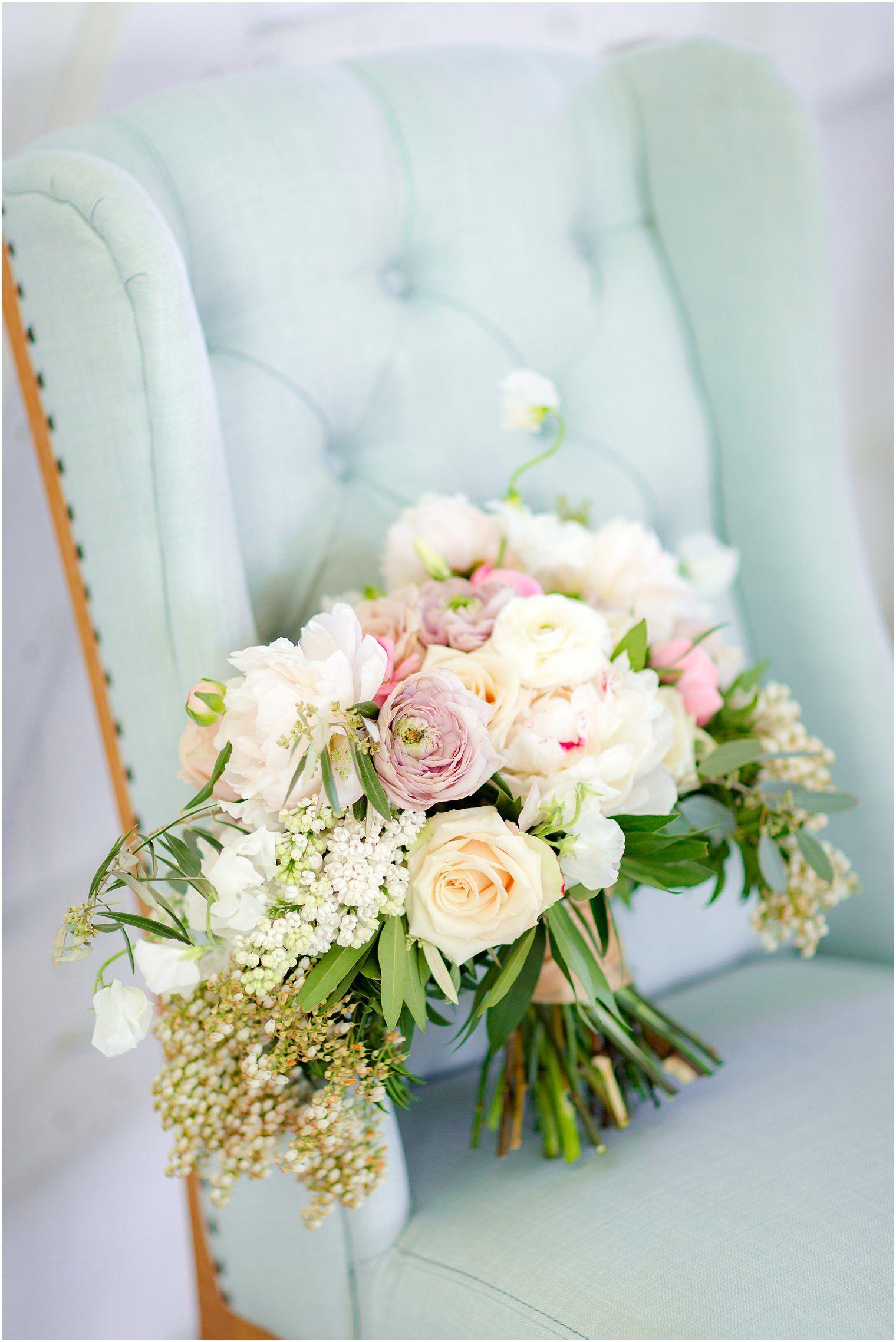 Nj Wedding Florist Bouquet Inspiration Nj Wedding Photographer Idalia Photography In 2020 Nj Weddings Wedding Florist Nj Wedding Photographer